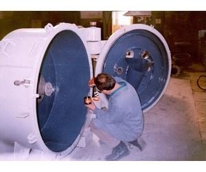 Нанесение защитного покрытия на внутренние поверхности центрифуги