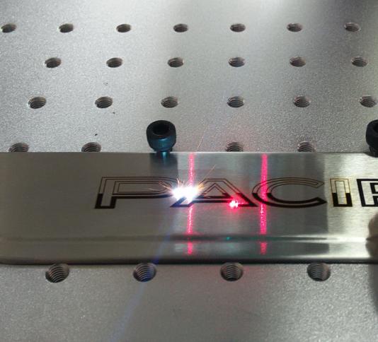 Лазерный маркиратор Rusmark FLMM-BC03 20Вт, окно 110*110мм, мини, переносной (с ПК)